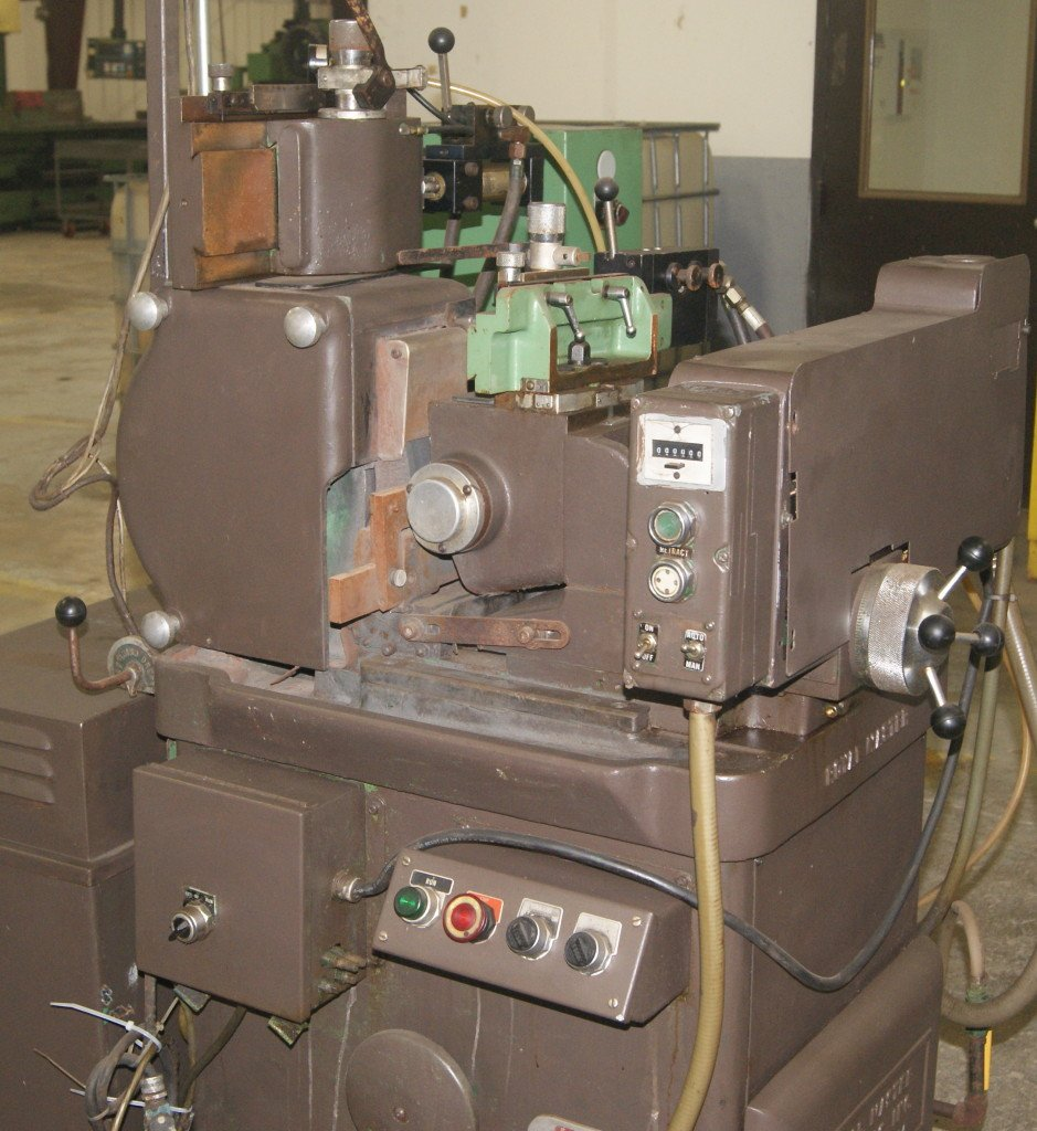 Royal Master Centerless Grinder at Roberts Machine Products